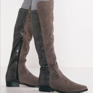 Tamaris knee high boots brown suede & snake skin NWT